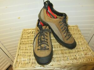 Timberland Mt Rainier 77506 Size 12 M Brown Leather Lace Up Hiking Mens Shoes