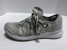 BZees Cloud Technology Inspire Light Grey Shoes Women's Size 6M