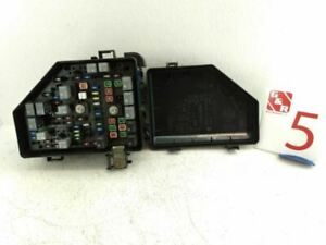 2010 CHEVROLET TRAVERSE Fuse Relay Box Assembly Engine OEM