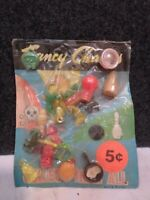 VINTAGE GUMBALL VENDING MACHINE CHARMS DISPLAY HEADER CARD LOT 3