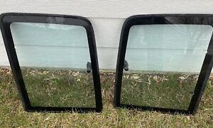 Fits 88-99 Chevy/GMC Pickup 1500 2500 3500 Driver & Passenger Side Quarter Glass