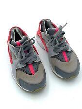 Nike Huarache Run Girl's Size 11C Athletic Walking Running Shoes 704951-006