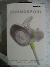 Coffret SoundSport en-Oreille Casque écouteurs Bluetooth et micro en blanc.