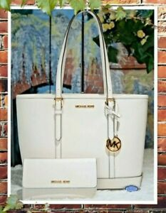 MICHAEL KORS JET SET TRAVEL SMALL T/Z TOTE + WALLET SET In OPTIC WHITE Leather