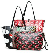 Desigual Women s Shoulder bag Tote bag (Reversal) Two in One brand new with 3ddef1cff3e9