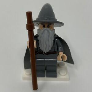 Lego Gandalf the Grey Minfigure 2012 LOTR Wizard Hat Cape Beard lor001