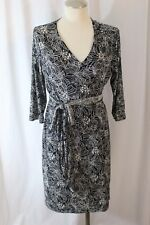 JW Maternity Black & White Floral Print Polyester Stretch Wrap Dress Size M