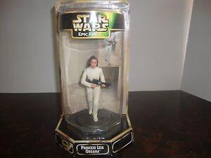 "Star Wars---Epic Force---Princess Leia Organa---Rotating Figure---5"" Tall---1997"