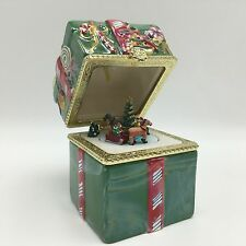 Christmas Gift Present Hinged Music Box Deck The Halls Tree Sleigh Ride Green