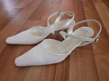 chaussures escarpins femme P. 37