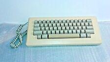 Apple Macintosh 128K 512K BeigeCream colored keyboard M0110 - USA with Cord