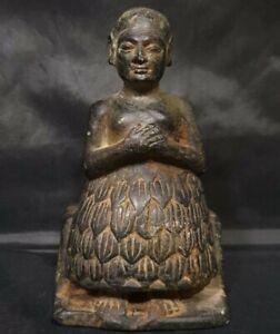 SUMERIAN BLACK STONE SEATED STATUE - VOTIV FIGURE C. 2600 - 2350 BC
