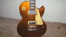 Guitar Les Paul Deluxe 1975 Gold Top  / With Case