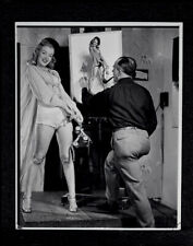 Pin-Up Illustrator Earl Moran With Marilyn Monroe Pastel Artwork Bus Stop 1946