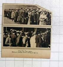 1919 Rail Strike, The Tram Queue, Volunteer Drivers Lining Up