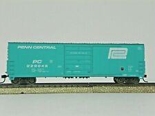 "Life-Like/Proto 1000 Ho R-T-R ""Penn Central"" 50' High Roof Boxcar #229046"