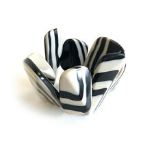 Ladies Elastic Polished Black & White Stripe Pebble Bracelet in Gift Bag - B4466