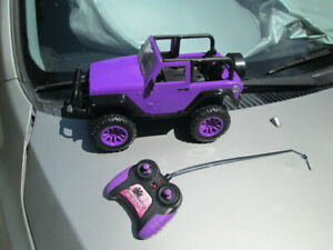 R/C JADA Purple JEEP GIRL MAZING (27 MHZ) WITH REMOTE - USED!