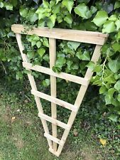🥇4ft Fan Trellis Garden Treated Timber Hand made Free P&P