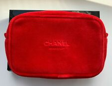 CHANEL COSMETIC/MAKEUP BAG POUCH CLUTCH velvet red makeup le 2019 VIP GIFT