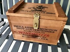 Winchester Wooden LOCK BOX AMMO BOX Hinged Top & Hasp Fingerjointed Corners MINT