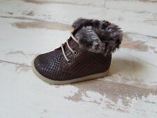 P19 - Chaussures Fille Neuves Babybotte - Modèle ALASKIA Chocolat (73.00 €)