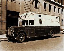 RARE STILL NYPD MOUNTED POLICE HORSE VAN LOWER MANHATTAN