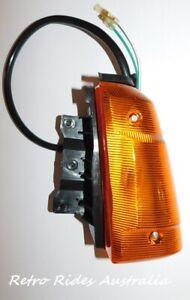 NOS HOLDEN GEMINI TF TG RH HEADLIGHT INDICATOR LIGHT LAMP ASSEMBLY LENS ISUZU