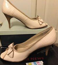 New Port News Women's Neutral Croc Design Peep Toe Pumps Size 10B Beige