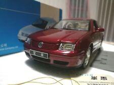 1:18 VW Bora 2002 Die Cast Model Red