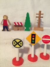 Wooden Train clickity clack Connect Railway Compatible Pole Signs Man Tree