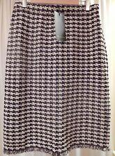 NWT ST. JOHN Size 14 Beige Black Brown Knit Herringbone Check 3/4 Length Skirt