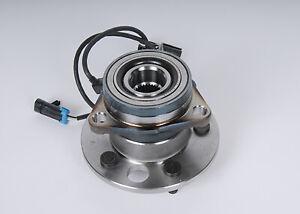 Genuine GM Hub & Bearing 15997073