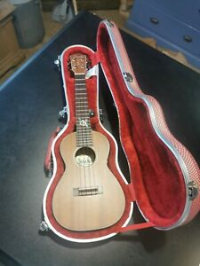 Ohana Concert Ukulele With Hard Case And Accessories