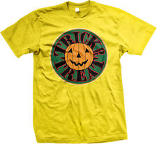 Trick Or Treat Pumpkin Jack-O-Lantern Halloween Party Costume Candy Mens T-shirt