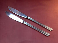 WAYZATA - TWO Dinner Knives - REED & BARTON SELECT Stainless  - WAYZATA