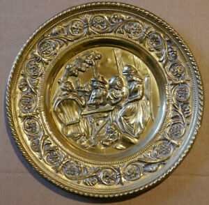 BRASS WALL PLAQUE , TRADITIONAL WELSH THEME , 31CM DIAMETER.
