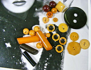 Lot 25 Vntg Bakelite Buttons Cookies Balls Realistic Heart Carved Logs Dome