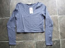 BNWT Women's Supre Grey V-Neck Long Sleeve Crop Top Size L