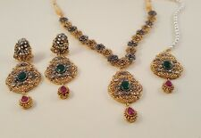 Bollywood style indien boucles d'oreille en or collier tikka tika bridal set
