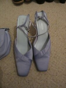 Barratts ladies lilac shoes size uk 6 comes with dorothy perkins matching bag