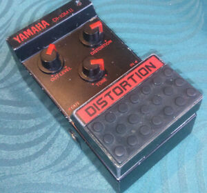 Yamaha DI-10M II Distortion Effect Pedal -->Vintage 80's classic<--