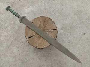 ANCIENT BALKAN ILLYRIANS BRONZE SWORD EUROPEAN BRONZE AGE 1200-900 BC 72,5 cm