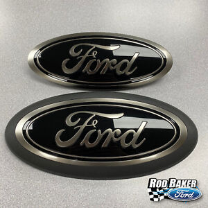 18 thru 21 Ford F-150 Smoke / Chrome Oval Grille & Tailgate Badges w/o Front Cam