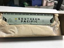 Athearn - 55'  Southern Pacific Center Flow Hopper # 1911 - NIB