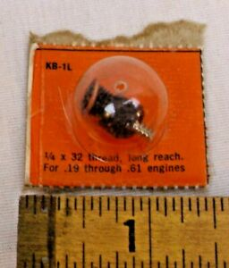 K&B GLOW PLUG FOR ENGINE .19 TO .61 GAS AIRPLANE OR TETHER CAR NEW ON CARD 1960s