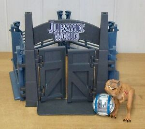 Jurassic World - Tyrannosaurus Rex Lockdown play set w/ Gyro Sphere