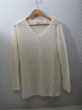 FREE SHIP !!LIZ CLAIBORNE  CLASSIC BEIGE V NECK LONG SLEEVED SWEATER