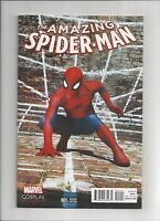 AMAZING SPIDER-MAN #1 (1:15) COSPLAY VARIANT Marvel 2015 NM- NM