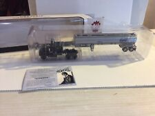 First Gear 1/64 Convoy Rubber Duck Trucking Mack R Model And Tanker Trailer MB